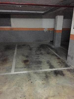 car and motorcycle parking space for rent at Paseo de los Olmos, 28005 Madrid, España