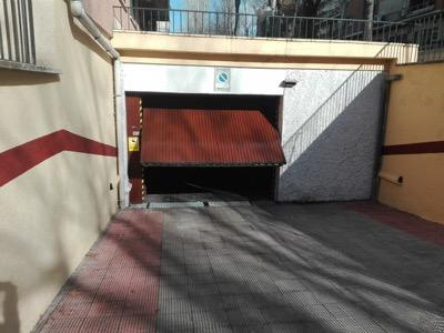 car parking space for rent at Calle de Nicolás Salmerón, 7, 28017 Madrid, España