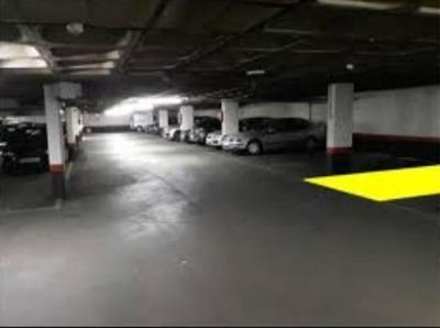 car parking space for rent at Calle Illescas, 182, 28024 Madrid, España